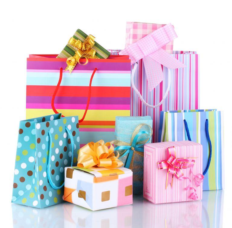 Λιγότερα δώρα και εφέτος θα φέρει ο Αϊ-Βασίλης στους Ελληνες   tovima.gr
