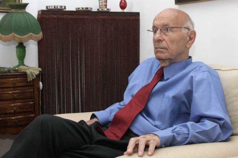 Βραβείο Εξαίρετης Πανεπιστημιακής Διδασκαλίας στον Δ. Τριχόπουλο | tovima.gr