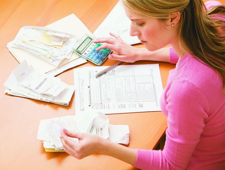 Ως ελεύθεροι επαγγελματίες φορολογούνται διαζευγμένες γυναίκες | tovima.gr