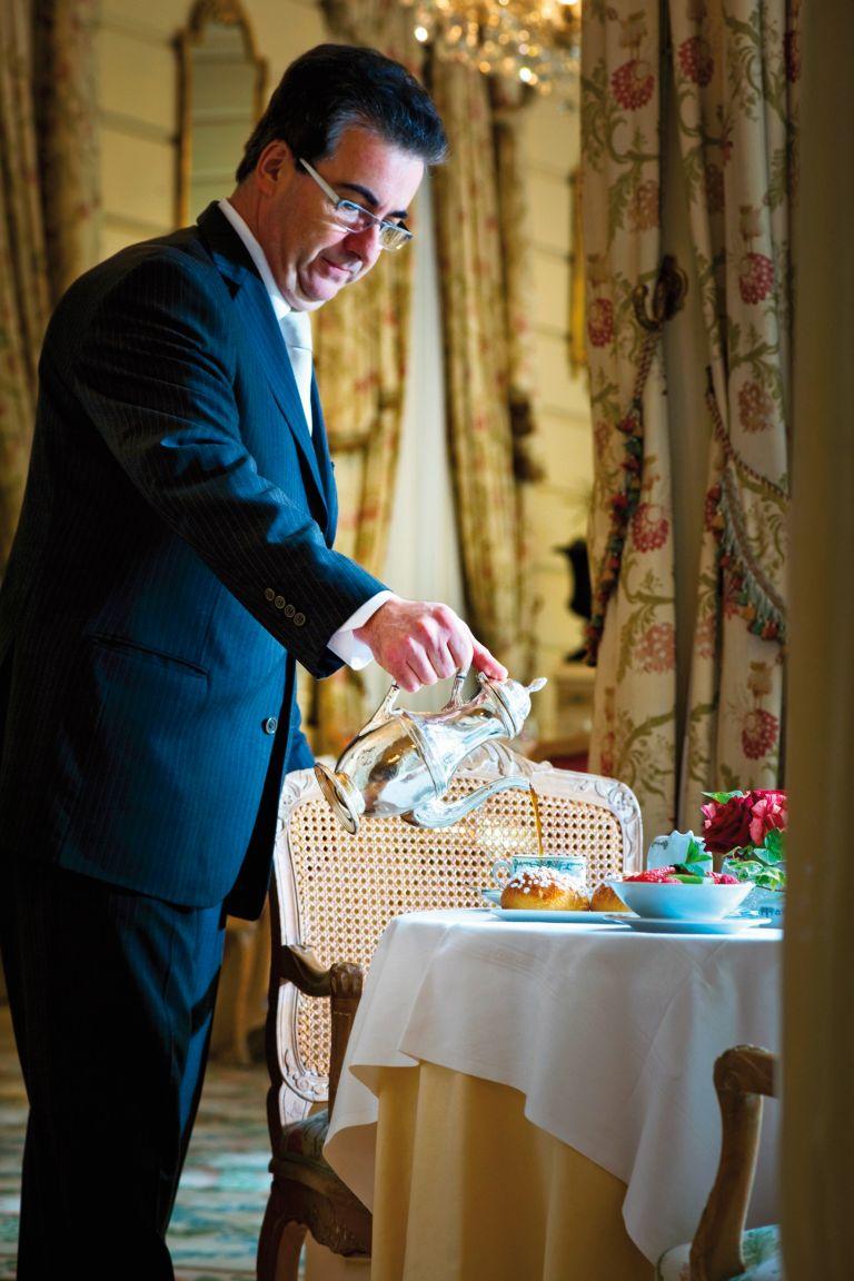 Ανώνυμος διπλωμάτης: στρίβειν διά του πρωινού | tovima.gr