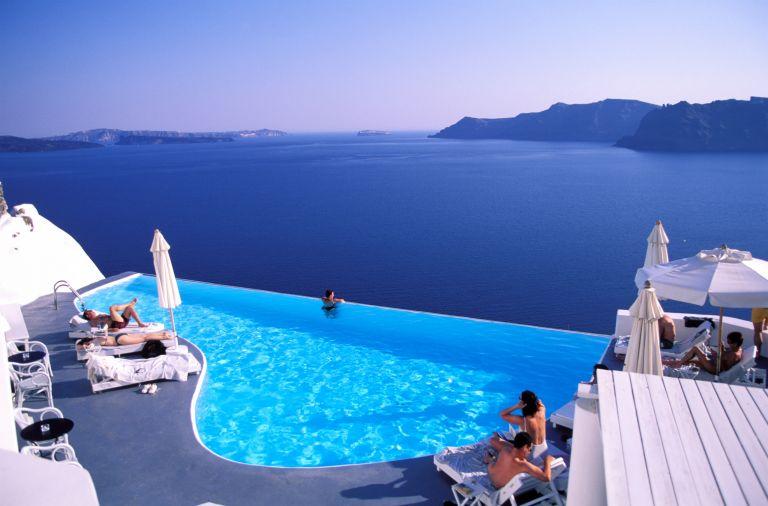 Deutsche Welle: 52% αύξηση κρατήσεων το καλοκαίρι στην Ελλάδα   tovima.gr