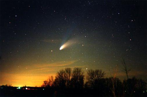 «Ταξιδέψτε» με τον κομήτη του αιώνα | tovima.gr