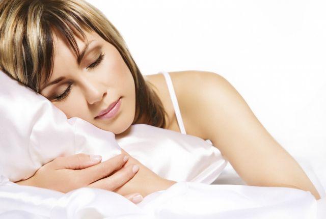 Περισσότερο ύπνο χρειάζονται οι γυναίκες | tovima.gr