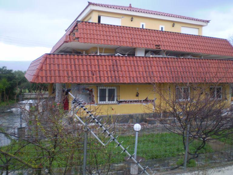 Τι έριξε τα κτίρια στην Κεφαλλονιά | tovima.gr
