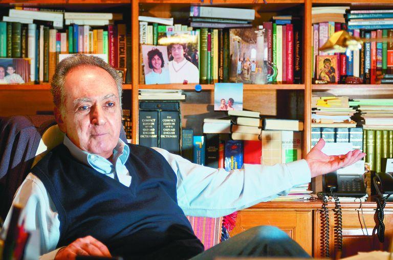 Πασχάλης Μ. Κιτρομηλίδης: «Εχουμε προδιάθεση στον φατριασμό και στον αυταρχισμό» | tovima.gr
