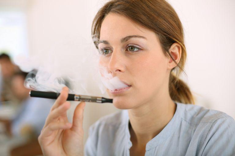 Πόσο ασφαλές είναι το e-τσιγάρο; | tovima.gr