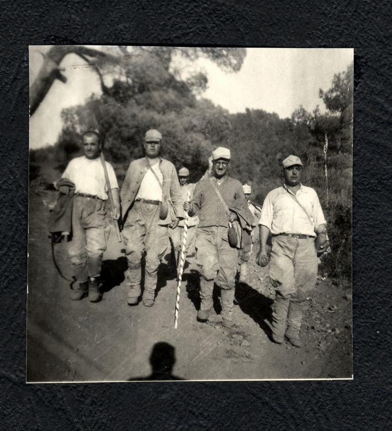 Η επιστράτευση σε τάγματα εργασίας – «Είκοσι Ηλικίες» (Αμελέ Ταμπουρλαρί)   tovima.gr