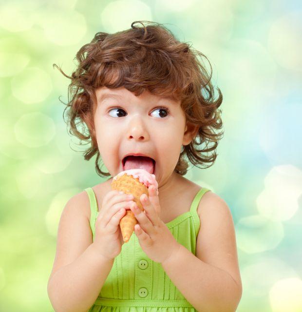 Τα παιδιά είναι «φτιαγμένα» να αγαπούν τα γλυκά | tovima.gr