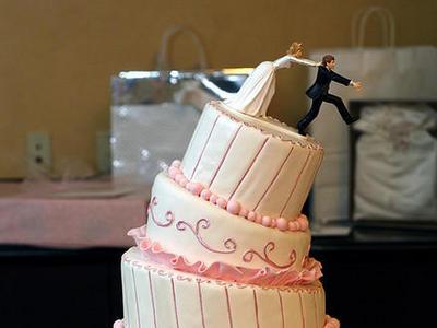 Χαμός από τα πάρτι διαζυγίου στο Ιράν | tovima.gr