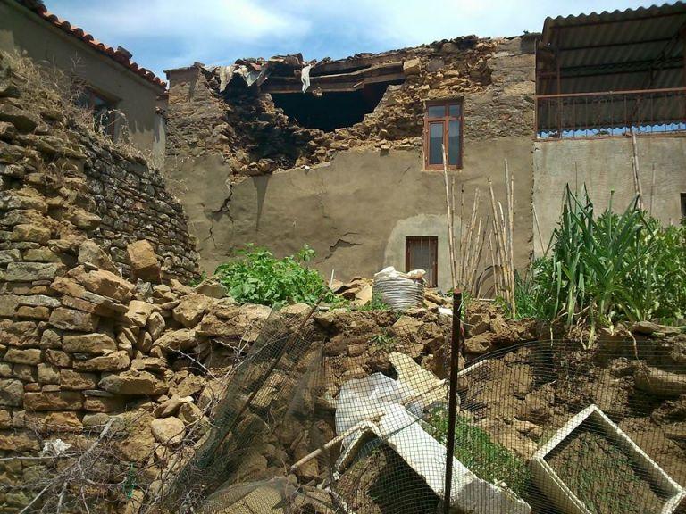 Εκτεταμένες υλικές ζημιές στα ελληνικά χωριά της Ίμβρου λόγω του σεισμού | tovima.gr