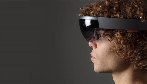 Τι είδαν όσοι φόρεσαν τα HoloLens, τα Γυαλιά της Microsoft | tovima.gr