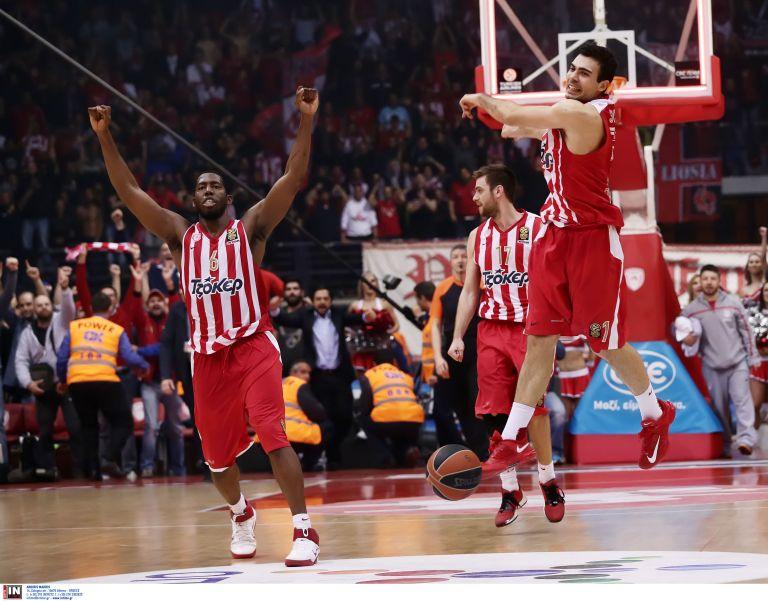 Ολυμπιακός – Τσεντεβίτα  στο πρώτο τζάμπολ της σεζόν (76-61) | tovima.gr