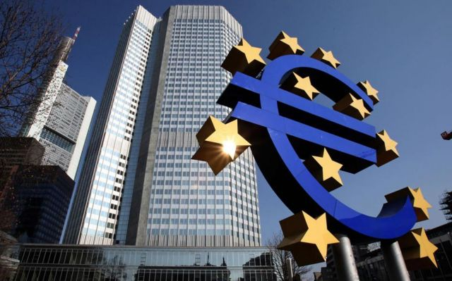 European Central Bank raises ELA ceiling for Greek banks | tovima.gr