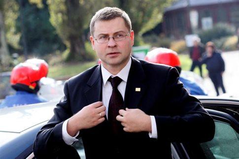 Ντομπρόβσκις: Η ευρωζώνη έτοιμη να εξετάσει το θέμα του ελληνικού χρέους | tovima.gr