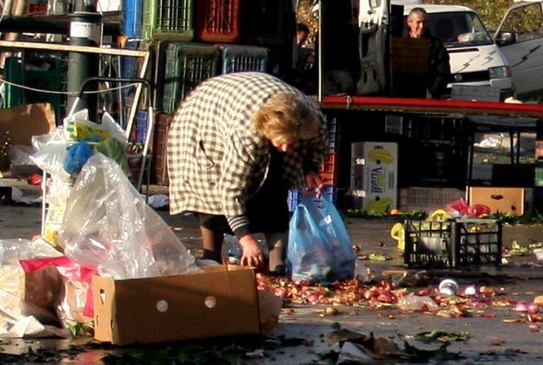 Eurostat: Σε κατάσταση φτώχειας ή ένδειας ένας στους τρεις Ελληνες   tovima.gr