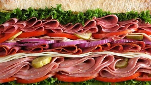 «Πιθανότατα» καρκινογόνο το επεξεργασμένο και το κόκκινο κρέας | tovima.gr