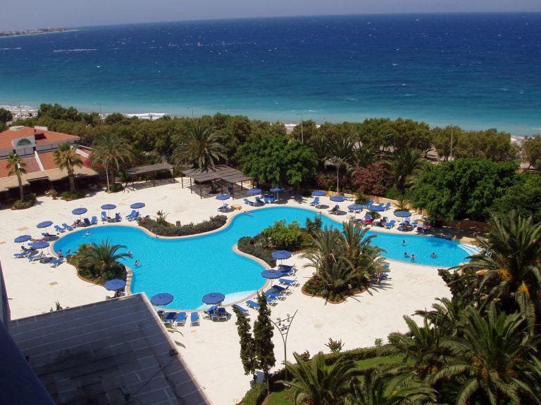 Στο στόχαστρο ξένων funds τα «κόκκινα» ξενοδοχεία | tovima.gr