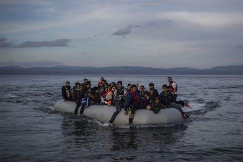 ΕΕ σε Τουρκία: Ακόμη «πολύ αυξημένη» η ροή προσφύγων   tovima.gr