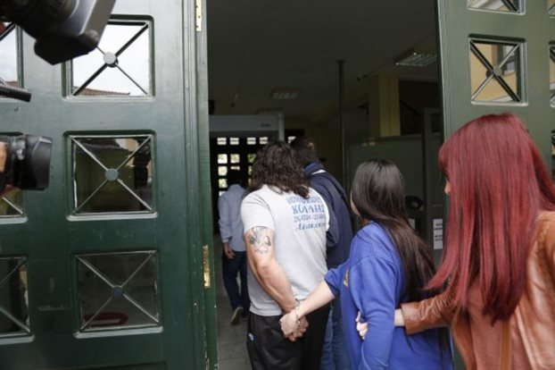 Αναβλήθηκε η δίκη των γονιών της Μαρίας-Ειρήνης | tovima.gr