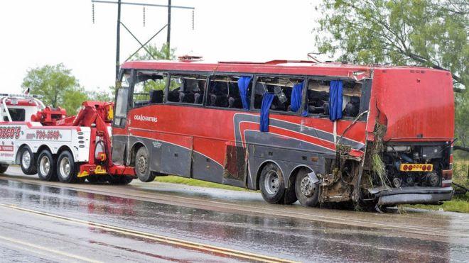 ΗΠΑ: Οκτώ νεκροί και 44 τραυματίες από ανατροπή λεωφορείου   tovima.gr