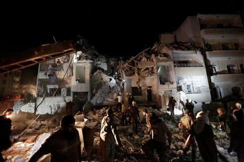 Επιδρομές στην Ιντλίμπ-Για θάνατο αμάχων εγκαλεί η Τουρκία τη Ρωσία | tovima.gr