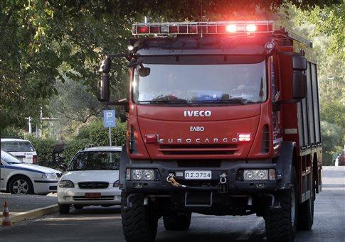 Λεωφορείο τυλίχθηκε στις φλόγες κοντά στο αεροδρόμιο του Ηρακλείου | tovima.gr