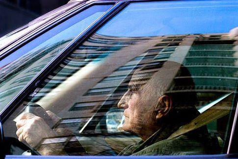 Επικίνδυνος ο παππούς στο τιμόνι; «Φήμες» λέει νέα έρευνα | tovima.gr