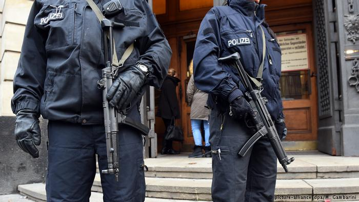 Γερμανία: Υπήρχαν σχέδια για επίθεση στο Ντίσελντορφ; | tovima.gr