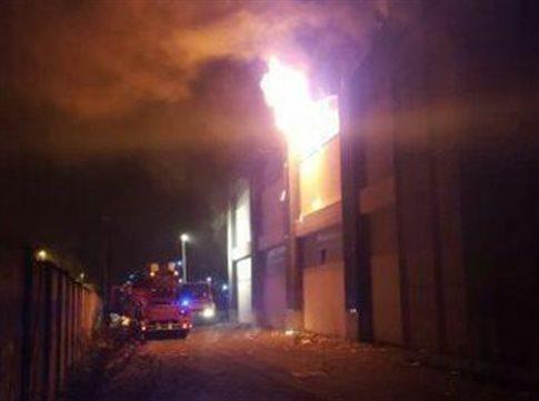 Φλωρεντία: Νεκρός από φωτιά σε εργοστάσιο-καταφύγιο μεταναστών | tovima.gr