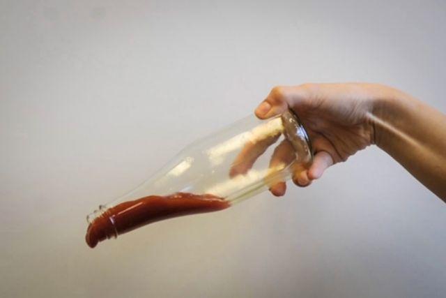 Το μπουκάλι που δεν κολλάει η κέτσαπ | tovima.gr