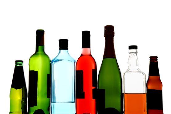 Η μέτρια κατανάλωση αλκοόλ βλάπτει τον εγκέφαλο | tovima.gr