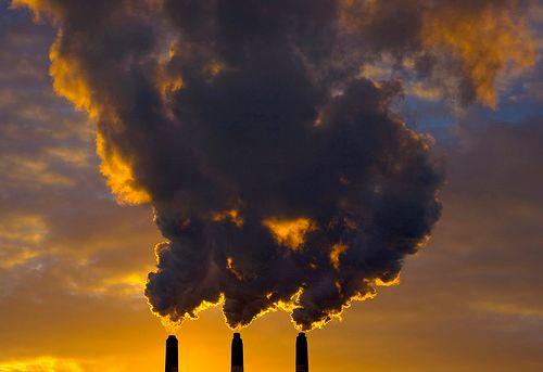 Η ατμοσφαιρική ρύπανση επικίνδυνη για ηλικιωμένους | tovima.gr