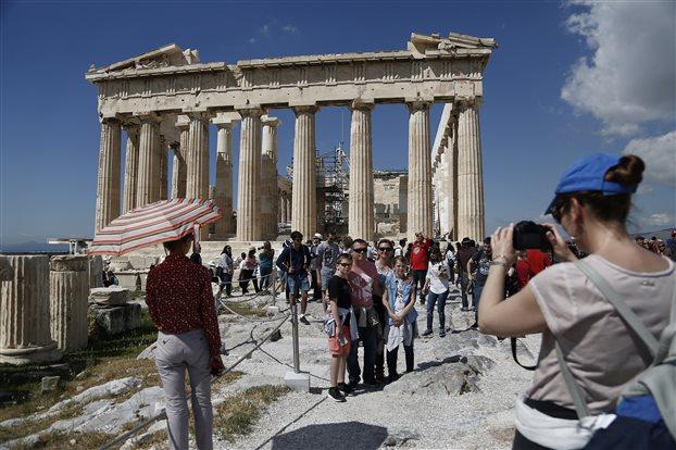 ΤτΕ: Αυξημένες κατά 14,2% οι ταξιδιωτικές εισπράξεις τον Ιούνιο   tovima.gr