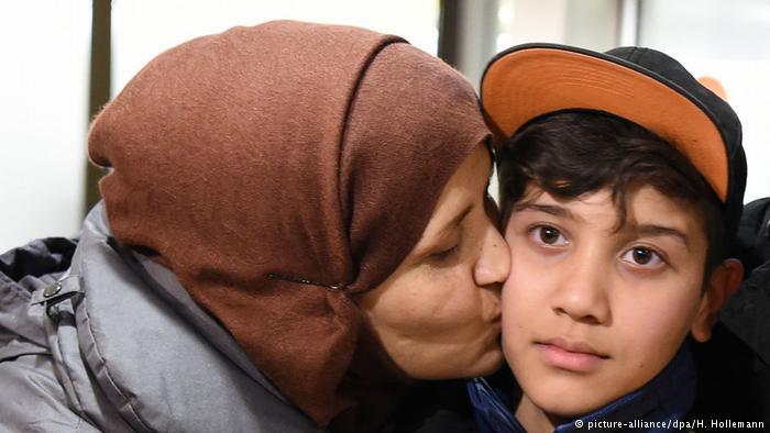 Deutche Welle: Σε 6 μήνες η επανένωση προσφυγικών οικογενειών | tovima.gr