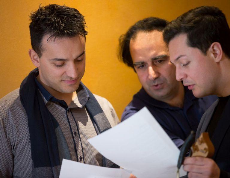 Μιχάλης Κουμπιός: Παρουσιάζει το άλμπουμ «Τσικάρι μ'» στον Σταυρό του Νότου | tovima.gr