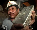 Φιλιππίνες: Η σκληρή ζωή όσων δουλεύουν στα παράνομα ορυχεία | tovima.gr