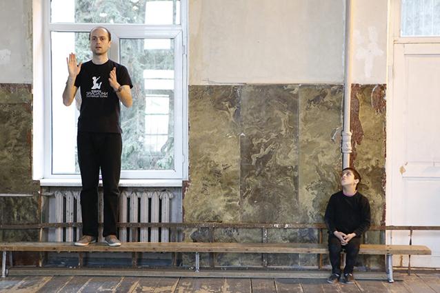 Το βραβείο της Βουλής στο ντοκιμαντέρ «Ακούγοντας τη σιωπή» | tovima.gr