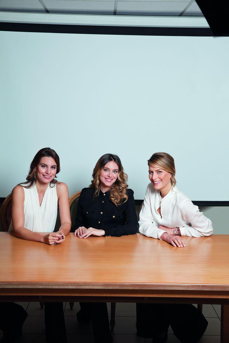 Τρεις γυναίκες για μια ελπίδα   tovima.gr