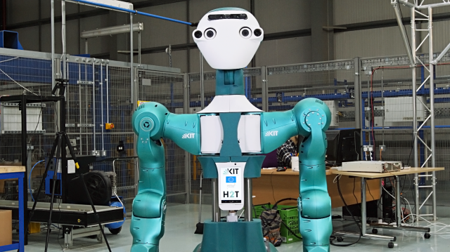 Ρομπότ υπάλληλος σουπερμάρκετ | tovima.gr