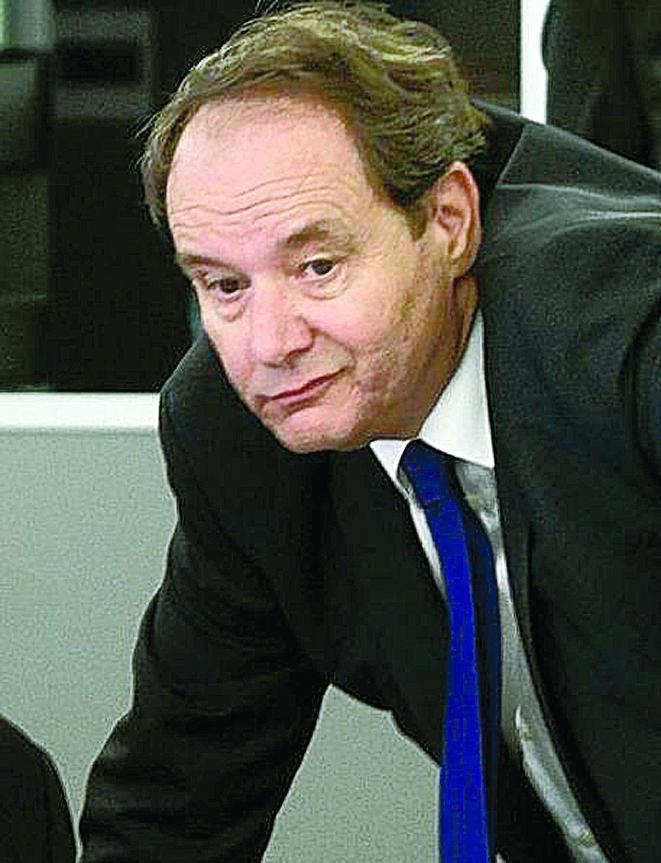 Χανς Φάιλμπριφ: Ολλανδός κερνά, Ολλανδός πίνει στο Eurogroup | tovima.gr
