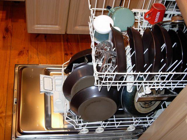 Τα πλυντήρια πιάτων φιλοξενούν βακτήρια και μύκητες | tovima.gr