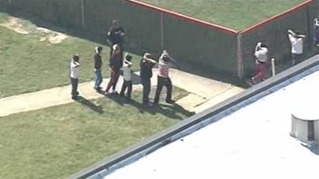 ΗΠΑ: Πυροβολισμοί σε σχολείο στο Κεντάκι – Δύο μαθητές νεκροί | tovima.gr