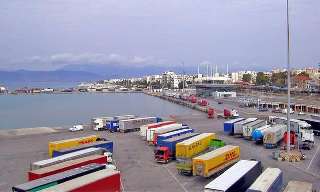 Λιμενικοί Πάτρας: Το λιμάνι εκπέμπει SOS | tovima.gr