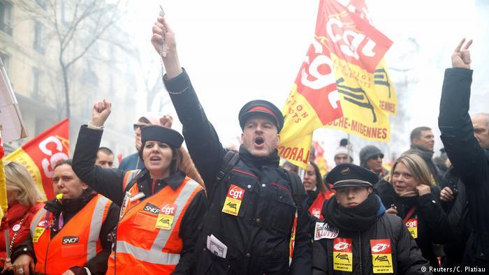 Deutcshe Welle: Στοίχημα για τον Μακρόν οι μαζικές απεργίες | tovima.gr