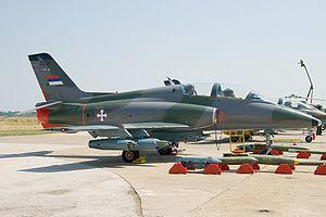 Πτώση μαχητικού αεροσκάφους στη Σερβία – Νεκρός ο ένας πιλότος   tovima.gr