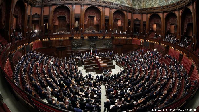 DW: Έντονο παρασκήνιο για το σχηματισμό ιταλικής κυβέρνησης | tovima.gr