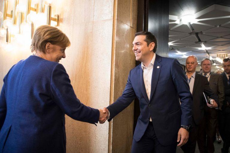 Με την Μέρκελ συναντήθηκε ο Τσίπρας στη Σόφια   tovima.gr