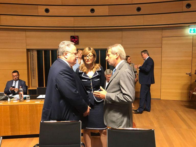 Μπλόκο στις ενταξιακές διαπραγματεύσεις πΓΔΜ-Αλβανίας | tovima.gr