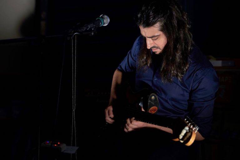Παύλος Συνοδινός: Το ροκ δεν είναι είδος μουσικής, είναι ακτιβισμός   tovima.gr