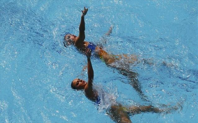 Συγχρονισμένη κολύμβηση : Πέμπτες οι Πλατανιώτη-Παπάζογλου στη Γλασκόβη | tovima.gr